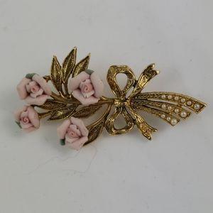 1928 Vintage Goldtone Pink Rose Bouquet & Beads